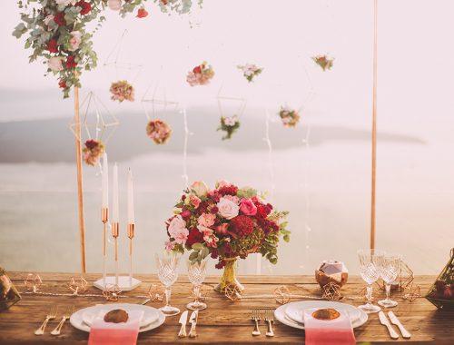 girlandy, świeczki, kwiaty wszystko bardzo klimatyczne i romantyczne